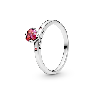 Sparkling Red Heart Ring